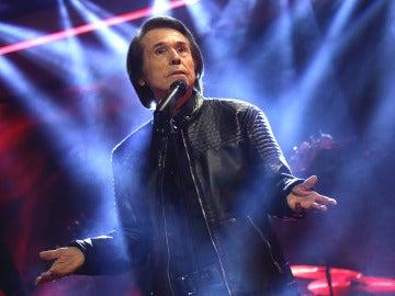 Raphael canta en directo en 'El Hormiguero 3.0' para todo su público