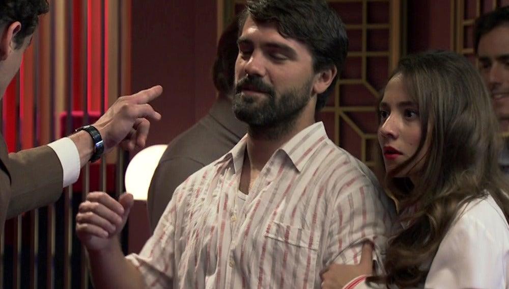 Rafael se enfrenta a Maroto por Alba