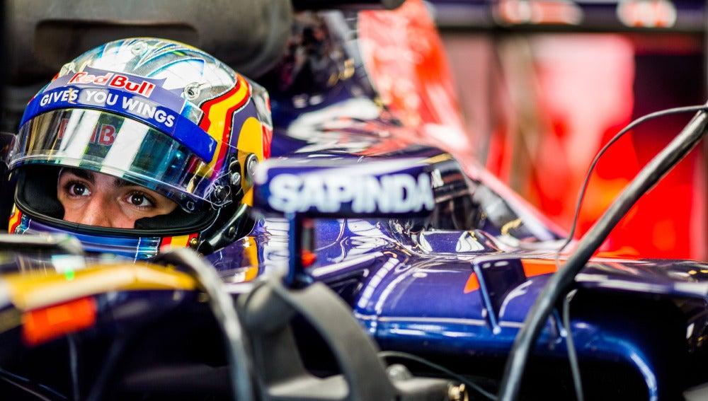 Carlos Sainz, en su monoplaza