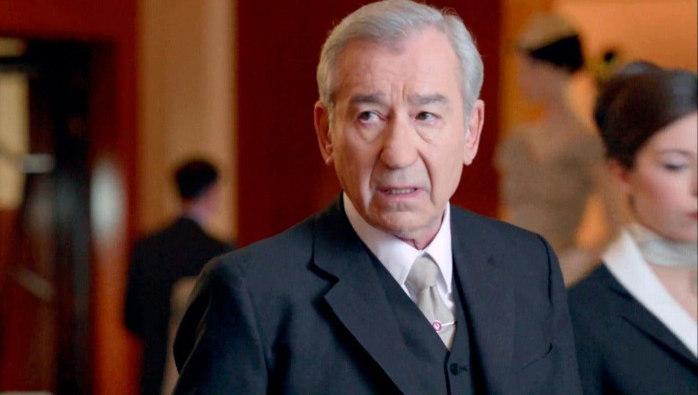 Pepe Sacristán en su primer capítulo de 'Velvet' como Don Emilio