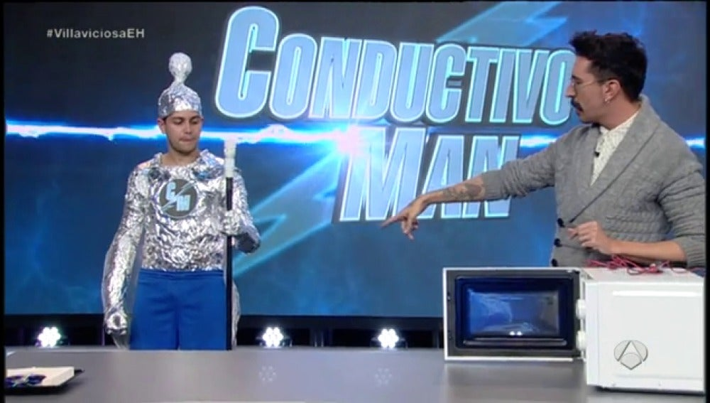 Frame 49.628879 de: Así es 'Conductivo Man', el superhérode de 'El Hormiguero 3.0'