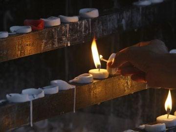El Supremo chino declara inocente a un hombre ejecutado hace 21 años Amnistía Internacional (AI) denunció este último año que la tortura sigue formando parte de la rutina policial en China, un país con un altísimo porcentaje de condenas y la nación con más ejecuciones del mundo, según grupos en defensa de los derechos humanos