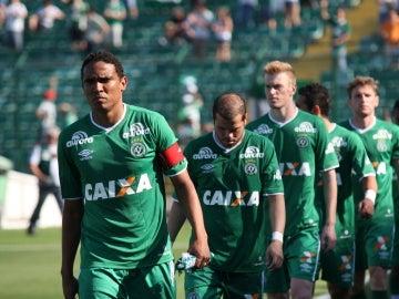 Los jugadores del Chapecoense que no viajaron a Medellín se niegan a jugar la última jornada liguera