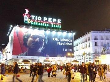 Cartel promocional de Narcos en la Puerta del Sol