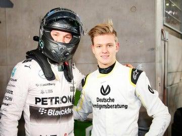 Nico Rosberg y Mick Schumacher