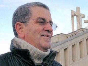 Frame 36.315609 de: El juez acusa a Miguel Rosendo da Silva de 25 delitos continuados de abusos y agresiones sexuales