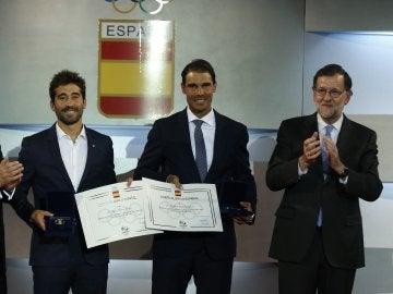 Mariano Rajoy junto a Nadal y Marc López