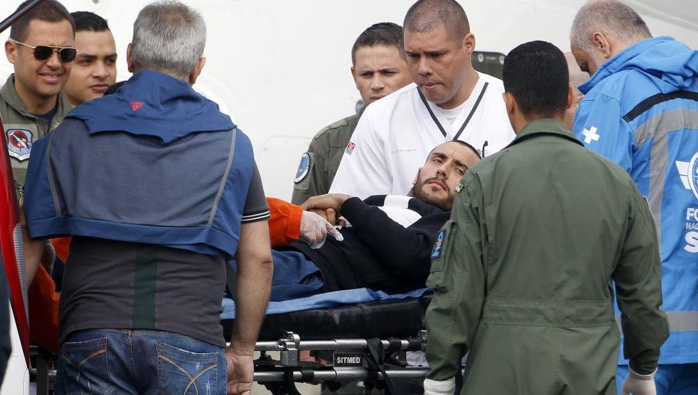 Alan Ruschel, jugador del Chapecoense, es recibido en Brasil