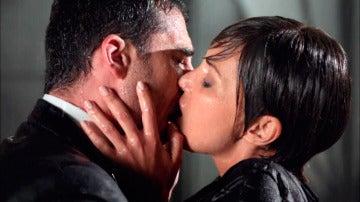 El pasional reencuentro de Ana y Alberto en el que sobran las palabras