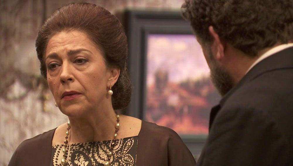 """Francisca: """"Jamás conseguiré que Raimundo tropiece si no le empujo yo primero"""""""