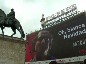 """Frame 0.0 de: El Ayuntamiento de Madrid asegura que el polémico cartel publicitario de la puerta del sol """"no incumple la normativa"""""""