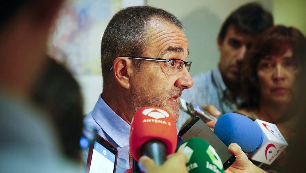 El juez Juan Pedro Yllanes atiende a los medios