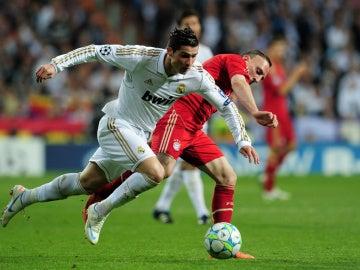 Cristiano y Ribery, en un partido