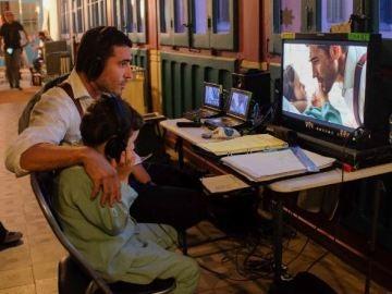 Miguel Ángel Silvestre, un orgulloso padre que se deshace en halagos hacia su hijo en la ficción