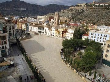 Se desborda el río Segura en varios puntos