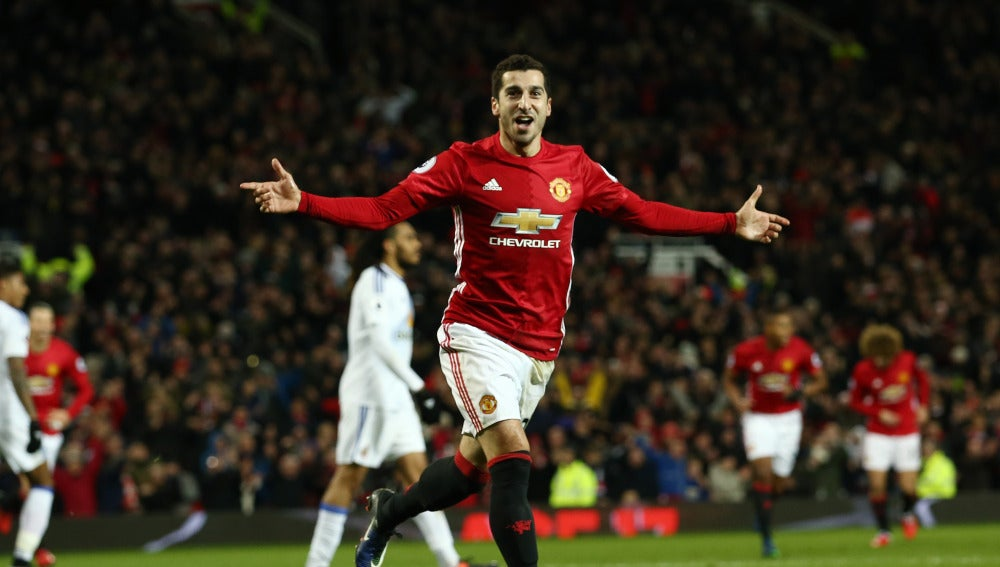 Mkhitaryan celebra su gol ante el Sunderland