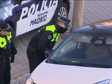 Frame 14.285333 de: Así se está viviendo en Madrid el primer día en que los coches con matrícula par no pueden circular