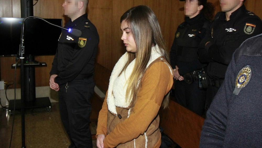 La joven condenada durante el juicio