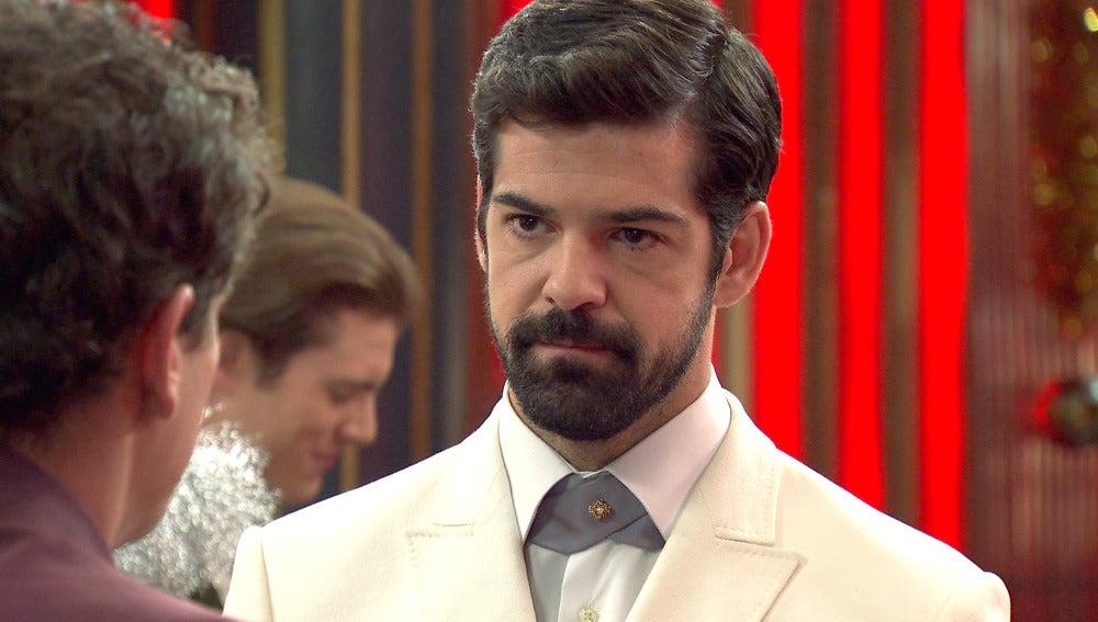 Alonso a Rafael: ¿Desde cuando estás enamorado de Marta?