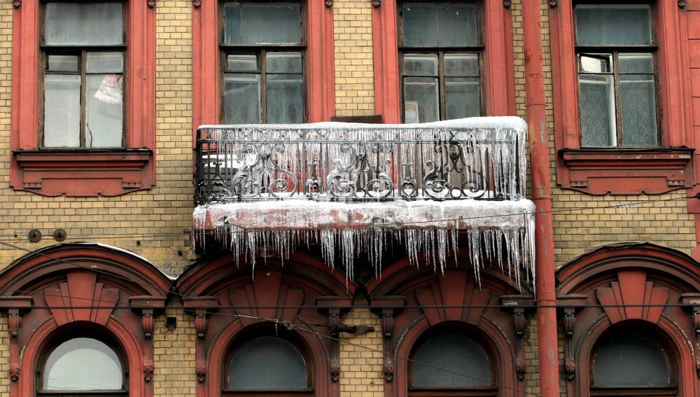 Un balcón helado