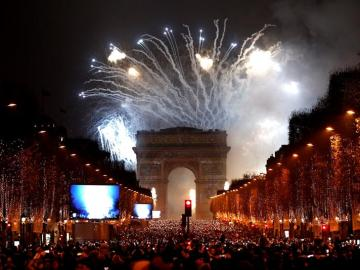 Celebraciones de Nochevieja en el Arco del Triunfo