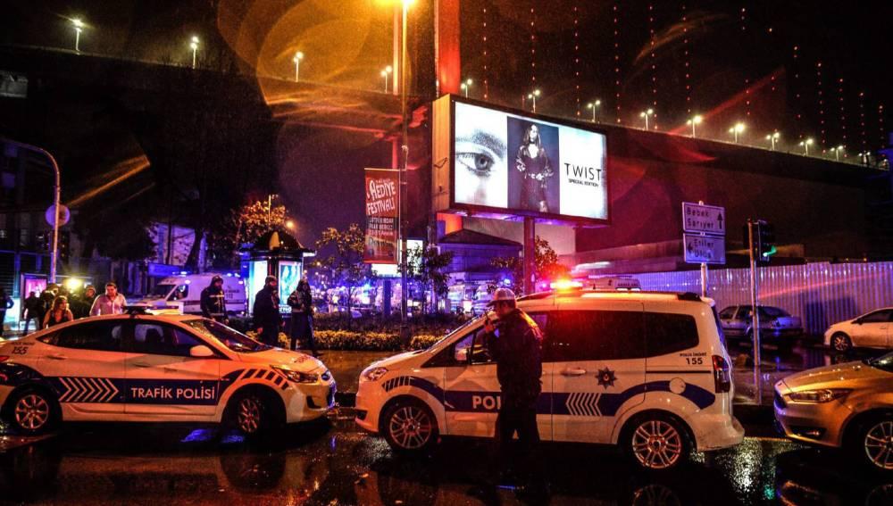 La policía acordona los exteriores de la discoteca Reina de Estambul