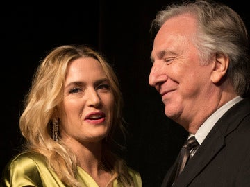 Kate Winslet vuelve a rendir homenaje a Alan Rickman