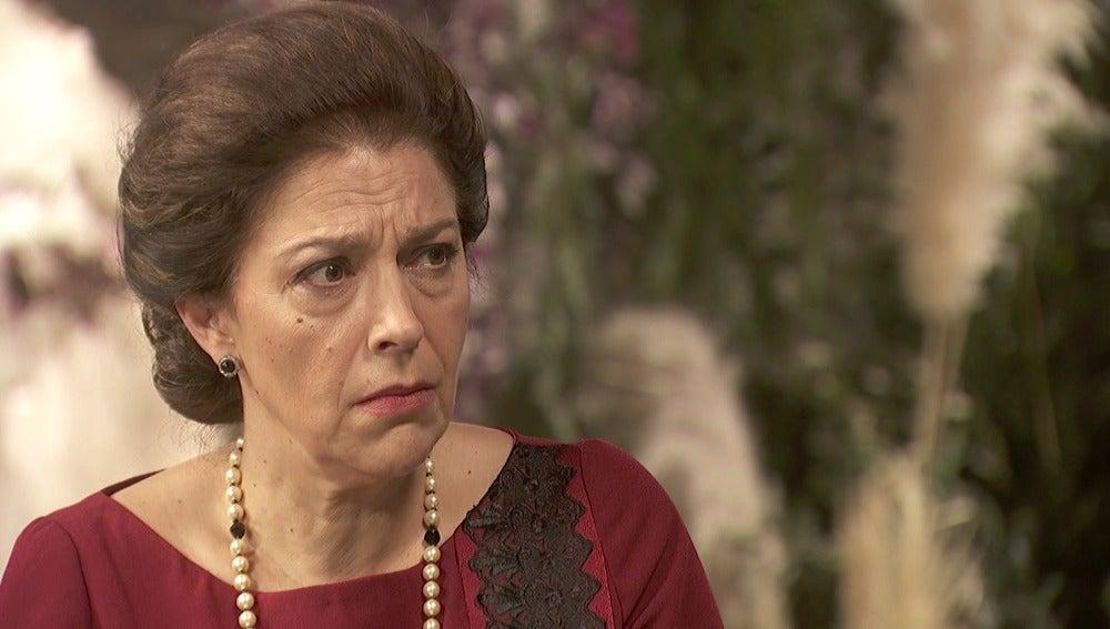 """Francisca: """"No puedo evitar amarte, Raimundo"""""""