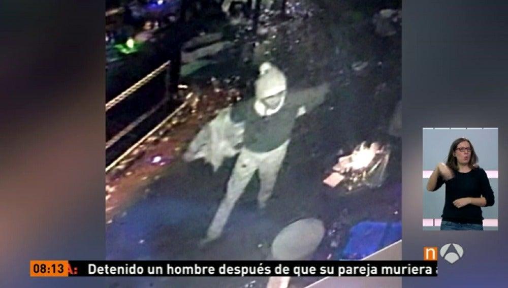 Frame 75.46 de: Daesh reivindica la autoría del atentado con 39 muertos en una discoteca de Estambul