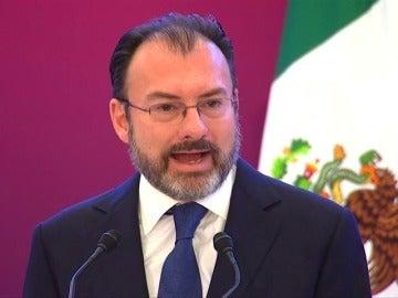 """Frame 9.074956 de:  México enfrentará la situación política """"dinámica"""" de Estados Unidos con negociación, no con conflictos o insultos"""