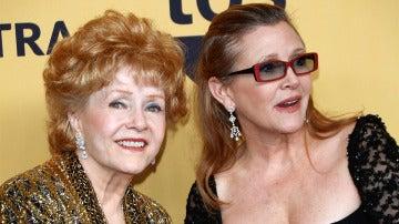 Debbie Reynolds y su hija Carrie Fisher