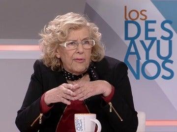 """Frame 4.684025 de: Carmena: """"Cuando voy andando al Ayuntamiento recojo hasta cinco o seis latas que la gente tira"""""""
