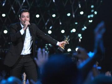 Jimmy Fallon, presentador de los Globos de Oro 2017