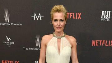 Gillian Anderson en la fiesta de Netflix