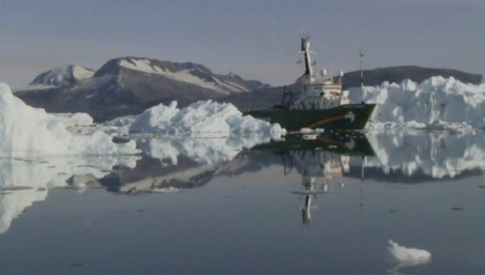 Frame 11.725617 de: El deshielo del Ártico no es una posibilidad, ya es un hecho y puede durar poco tiempo