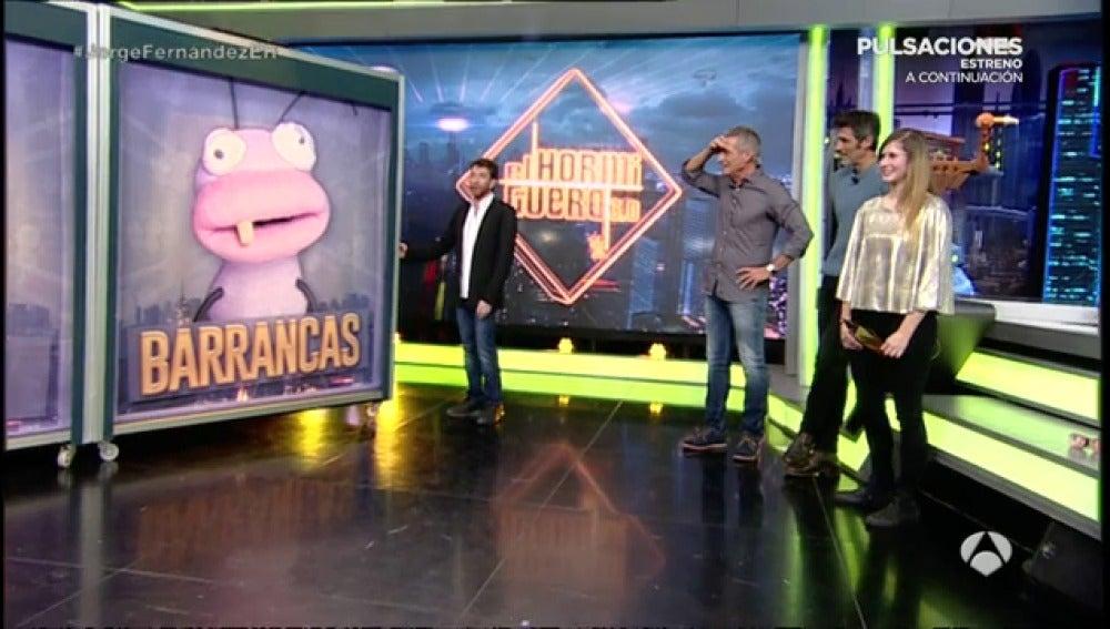 Frame 8.24 de: Barrancas hace ganar a una chica del público 2.000 € en gasolina
