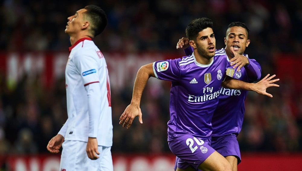 Asensio celebra su gol ante el Sevilla
