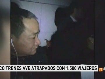 Frame 25.393333 de: Unos 1.500 pasajeros atrapados en varios trenes detendios en Albacete por las intensas nevadas