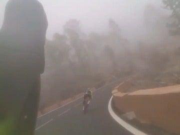 Alberto Contador durante su bajada