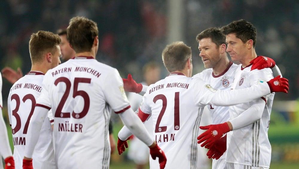 El Bayern celebrando uno de los goles