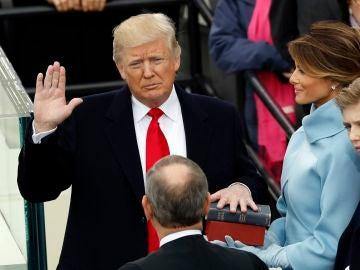 Donald Trump jura como presidente