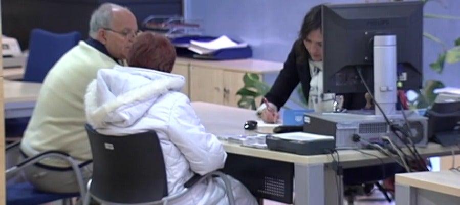 Antena 3 tv el gobierno aprueba el procedimiento for Modelo acuerdo extrajudicial clausula suelo