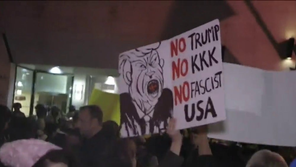 Frame 35.580268 de: Protestas en Washington