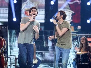 David Guapo enamora a 'Sofía' junto a Álvaro Soler