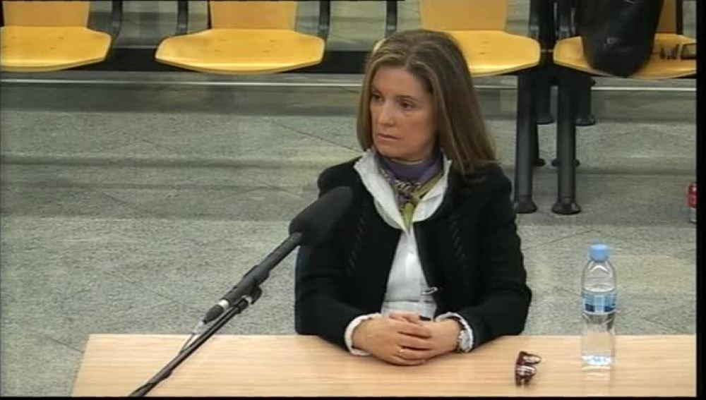 Rosalía Iglesias, mujer de Luis Bárcenas, en el banquillo del juicio a la Gürtel