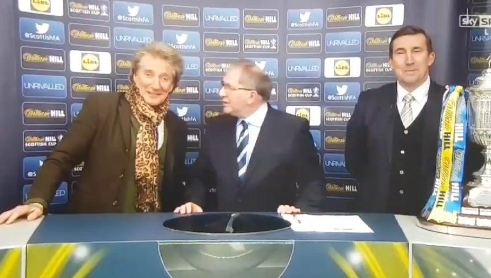 Rod Stewart, alegre en el sorteo de la Copa de Escocia