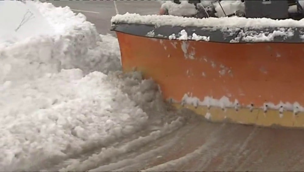 Frame 76.44 de: Se analizan las causas que impidieron el control de la situación durante el último temporal de nieve y viento
