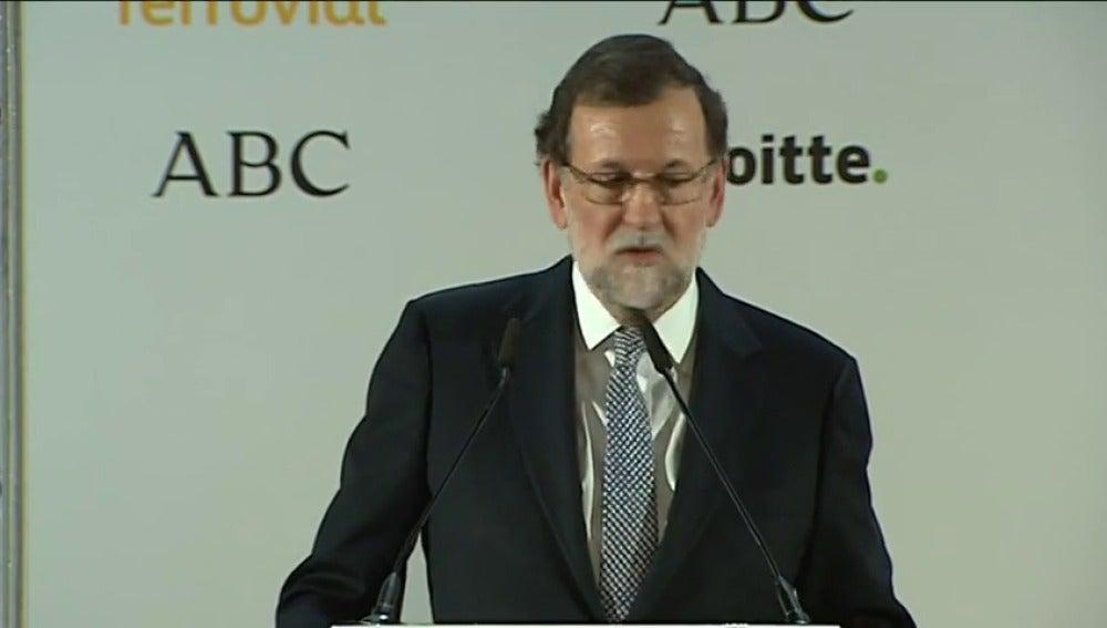 """Frame 1.641299 de: Rajoy: """"Al señor Puigdemont le han dado el trato que se merecía y punto"""""""