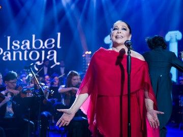 Isabel Pantoja canta 'Se me olvidó otra vez' en directo en 'El Hormiguero 3.0'