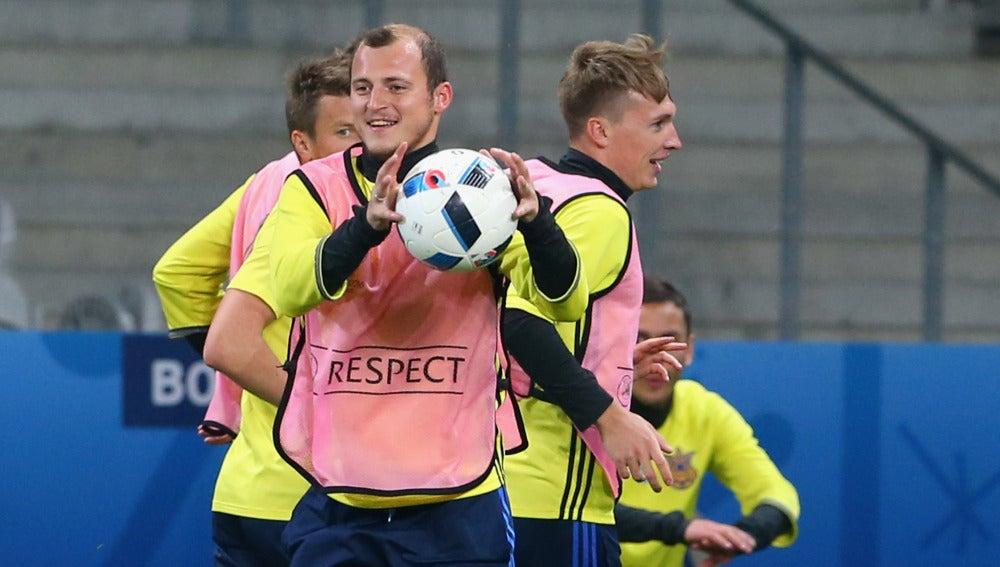 Zozulya, durante un entrenamiento con Ucrania